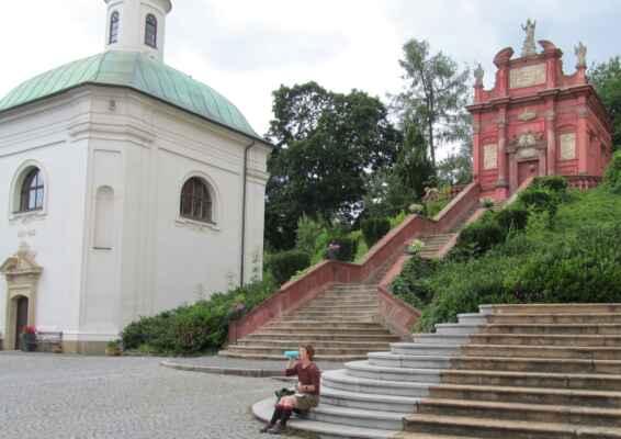 Klášterní okrsek v Ostrově - Einsiedelnská kaple a další významné barokní památky na jednom místě