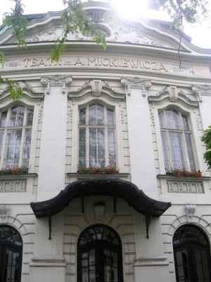 Divadlo Adama Mickiewicze v polském Těšíně - vídeňská secese