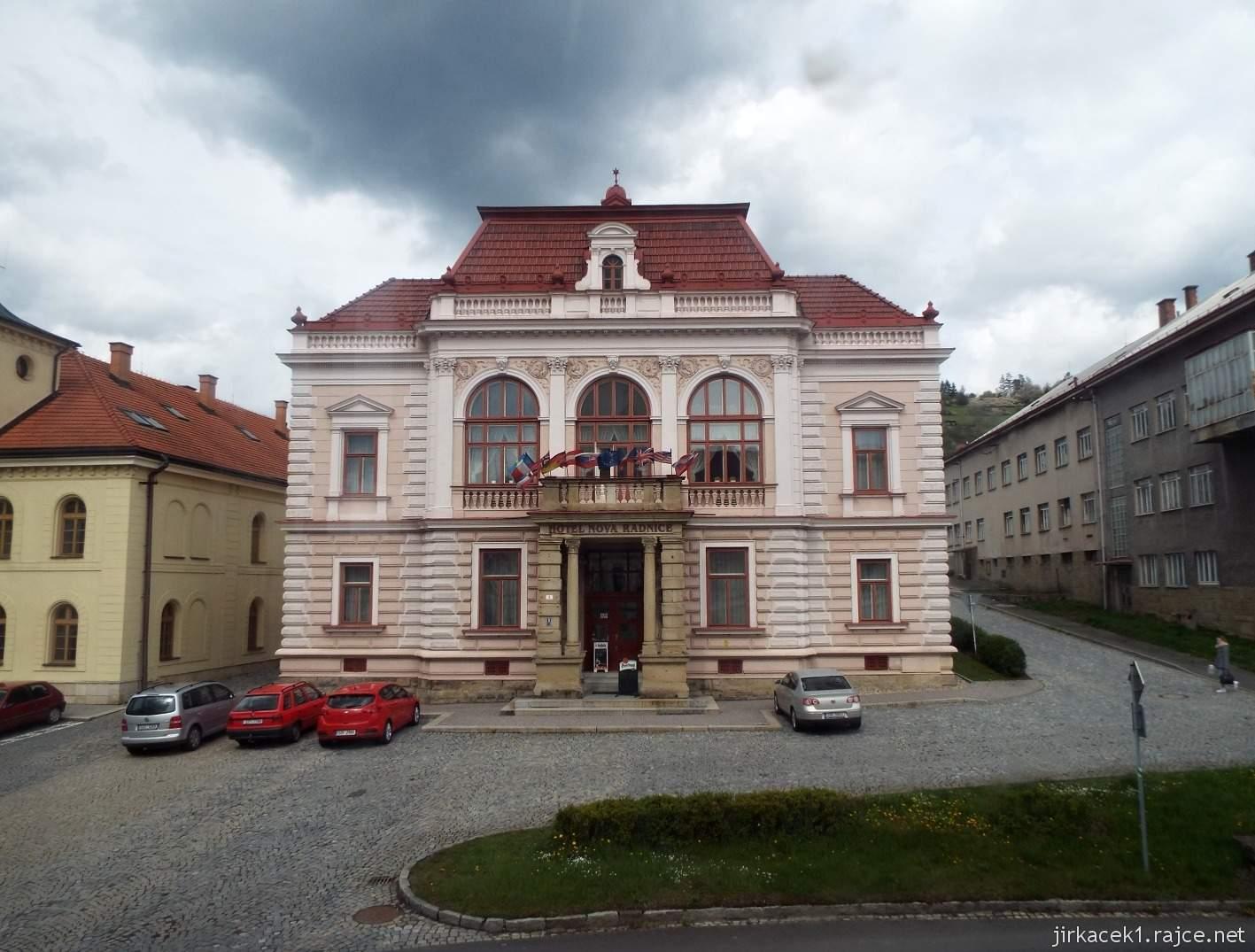 Vsetín - Horní náměstí 12 - nová radnice