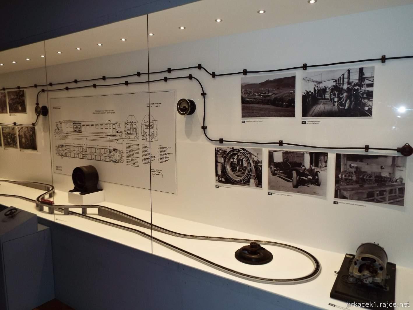 Vsetín - zámek 34 - muzeum - expozice Moravský Edison